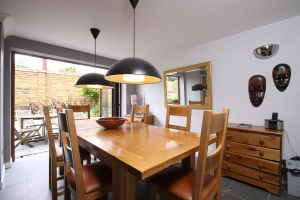 Two bedroom house to rent in wandsworth